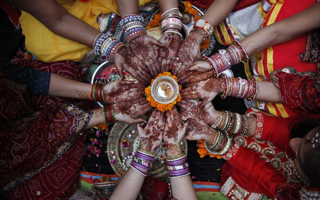 Waiting for the Moon, Karva Chauth