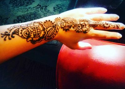 private-henna-appointment-hand-henna-1
